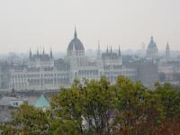 Парламент Угорщини (теж видно з вікна Європейського молодіжного центру)