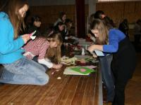Київські гайди готують вітальну листівку
